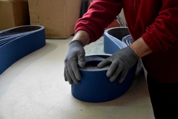 08-abrasivi-assemblamentoB2E60FC7-8952-73CF-D842-2191FA1506ED.jpg